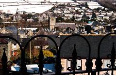 Dolgellau o Fryntirion (Rhisiart Hincks) Tags: eira elur sneachd erch snow fence ffens argaeenn dolgellau gwynedd meirionnydd cymru kembre wales treflun townscape sneachta ergh erc'h neige kembra gales galles 威爾斯 威尔士 wallis uels kimrio valbretland 웨일즈 велс gallas walia เวลส์ achuimrigh anbhreatainbheag gweledvakêr paysageurbain paisajeurbano stadtbild городскойпейзаж міськийпейзаж kaupunkikuvaan pilsētasainava miestovaizdis obrazměsta stadsbeeld 市容 都市の風景 peisajuluiurban ue eu ewrop europe eòrrpa europa eòrpa aneoraip