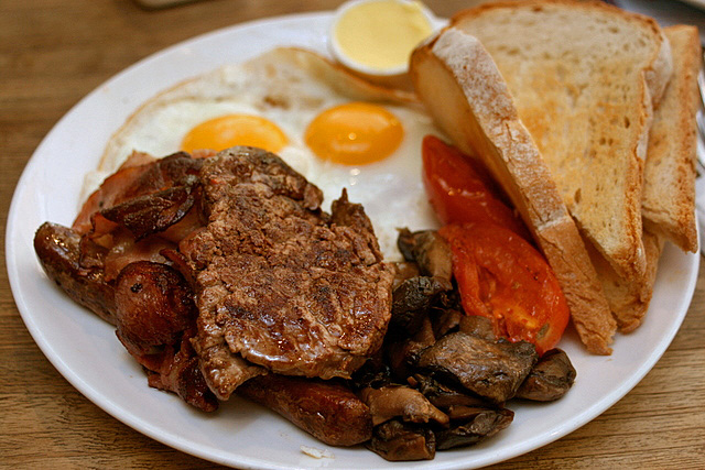 """Kings Cross"" (S$20) - the works (minute steak, beef sausages, crispy bacon, fried eggs, mushrooms, roma tomatoes on sourdough)"