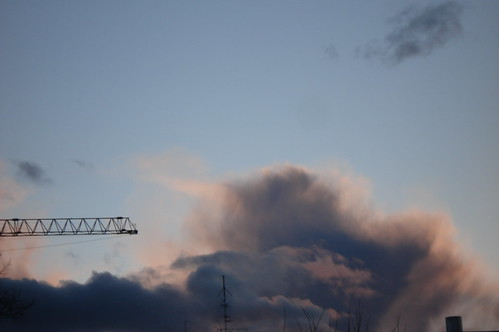 Oslo Crane in the clouds