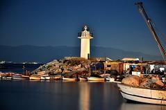 Resim 123 (unsuz ama sesli) Tags: longexposure blue winter sea lighthouse reflection night turkey boat nikon harbour turkiye burgaz deniz mavi 2009 sandal mudanya bursa kayik marmara liman gece srl yansima kis turkei denizfeneri tripot uzunpozlama mendirek nikond90 gececekimi