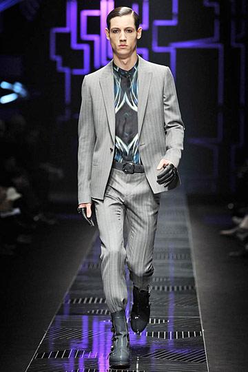 Nicolas Ripoll3030_FW10_Milan_Versace BS(nymag com)