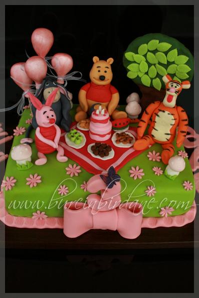 winnie the pooh cake 2