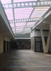 Taff Vale Shopping Centre (norman preis) Tags: abandoned shoppingcentre demolition derelict pontypridd rundown 2010 dated taffstreet dmeurig taffvaleshoppingcentre taffvaleshoppingprecinct