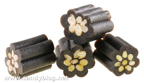 Panda Licorice Cremes