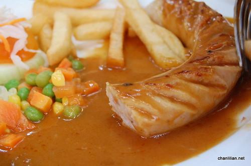 jumbo sausage