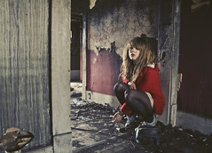(yyellowbird) Tags: house selfportrait abandoned girl fire tennessee sneakers converse cari redcoat