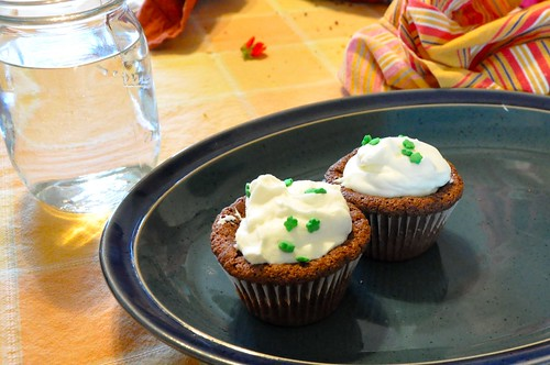 Mint cream cupcakes