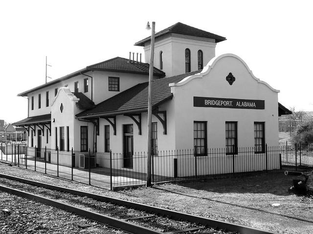 Bridgeport, AL Depot b/w trackside view
