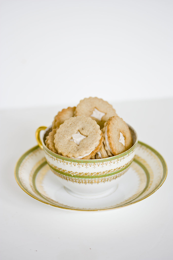 Vanilla Chai Cookies + teacup