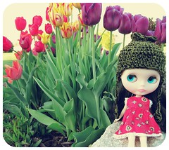 zooey with tulips