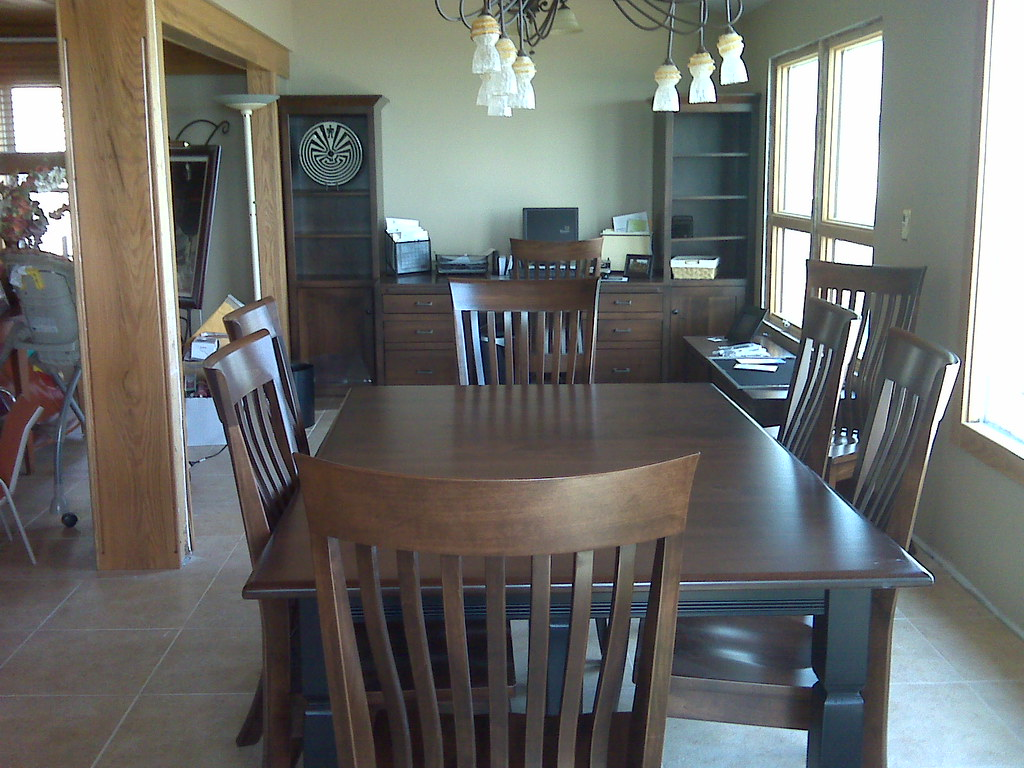 Maple Two/Toned Dining Table & Office Area