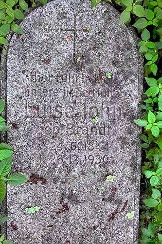 The Tomb of Luise John from Peiskerwitz / Piskorzowice