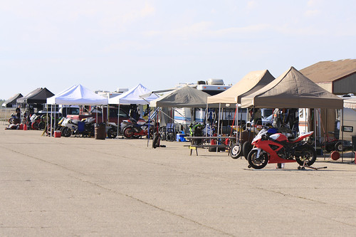 Gimli Raceday - The pits