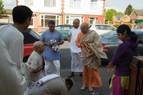 H H Bhakti Caru Swami 2010 - 0029 por ISKCON desire tree.