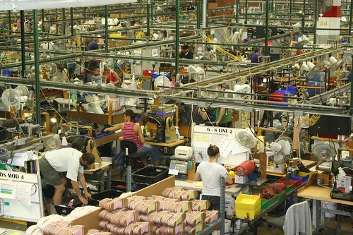 shoes factory manmade assemblyline workboots redwingshoes
