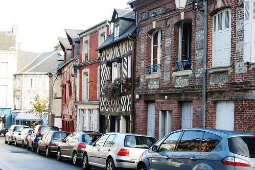 Honfleur street 5