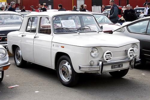 Renault 4cv Dauphine Floride 8 10 1947 1971 Car Spotters