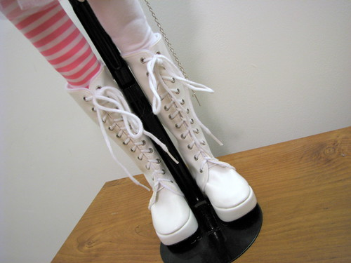 Aryanna white x pink 002