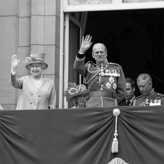 07B_5479 (Enrico Webers) Tags: uk greatbritain family england colour london princess unitedkingdom britain united great royal kingdom prince queen londres gb angleterre princes royalty princesses engeland 2010 londen royals the troopingthecolour trooping