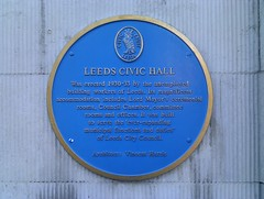 Photo of Vincent Harris and Leeds Civic Hall blue plaque