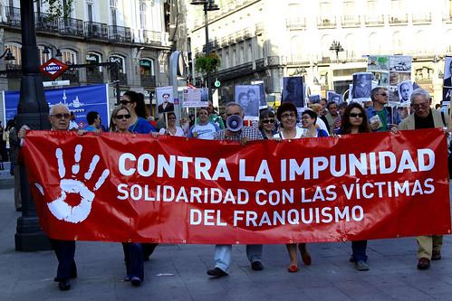 Concentración contra la impunidad del Franquismo (17/06/2010)