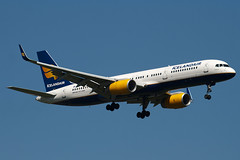 TF-FIN - 28989 - Icelandair - Boeing 757-208 - 100617 - Heathrow - Steven Gray - IMG_4179