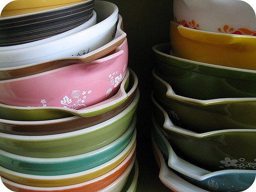 stacks of beautiful pyrex bowls