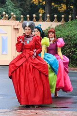 DLP Halloween 2010 - Characters having fun in Fantasyland