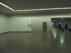 Porto - Metro (CarlosCoutinho) Tags: eduardosoutodemoura pritzkerprize carloscoutinho subswaystation metro oporto porto portugal archdaily arquitectura arquitetura architettura architecture architectur
