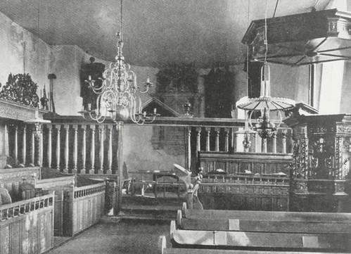 interieur kerk vroeger