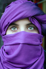 Khadij'a (Mr Alvaro PS) Tags: people woman color green girl eyes chica gente blind greeneyes ojos marrakech marruecos verdes pañuelo burca theperfectphotographer artofimages themonalisasmile bestportraitsaoi