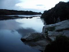 Quarry on Carn Marth (La cervelle en été) Tags: lake water rocks cornwall dusk quarry carnmarth