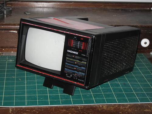 Magnavox BH3908 Portable TV