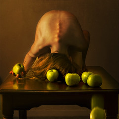 in formation (brookeshaden) Tags: stilllife formation apples form spine shape mimic followtheleader brookeshaden fallingapple wearentsodifferentafterall