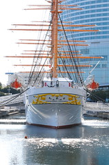 NIPPON MARU (M i r a i) Tags: japan nikon ship yokohama tamron mirai nipponmaru 日本丸 d300 みなとみらい minatomirai21 tamron1750mmf28 silkypixr