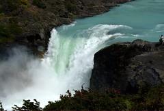 """Salto Grande"" water fall / Cascada ""Salto Grande"" (Aztlek) Tags: chile ilovenature waterfall nationalpark torresdelpaine nikkor cascada parquenacional ufraw 18200mm saltogrande nikond60 paagonia parquenacionaltorresdelpainetorresdelpainenationalpark"