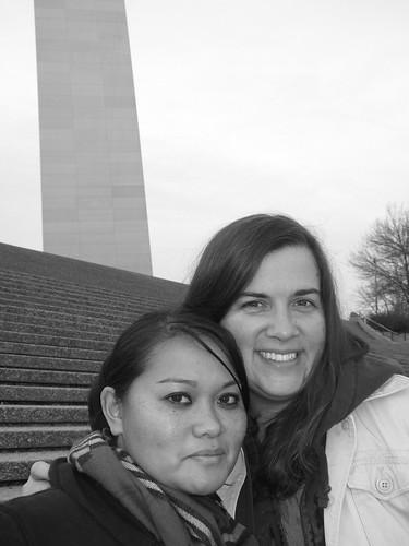 Rachel & Jenn @ Arch (by ann-dabney)
