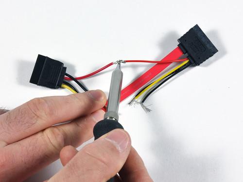 Паяем кабель Mac mini
