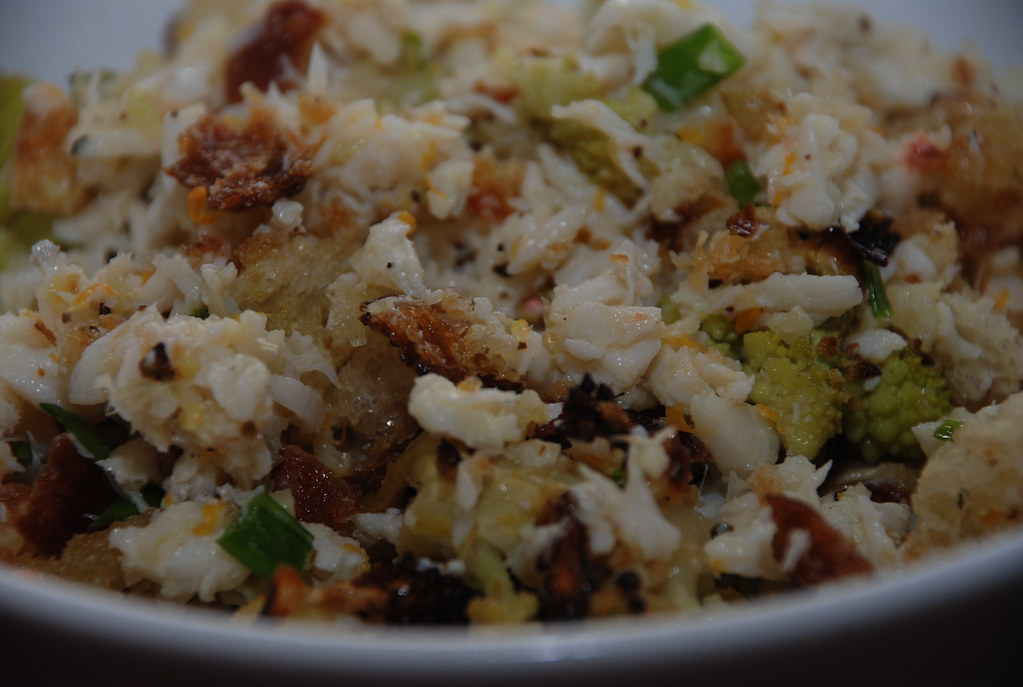 crab with cauliflower, bread crumbs, fennel, and lemon