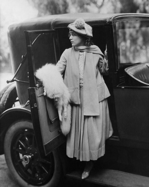 mary pickford car