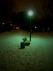 Winterwunderland (h.d.lange) Tags: park schnee winter snow blur west berlin hiver blurred outoffocus neige unscharf flou winterwonderland neuklln floue westberlin tiltshift gropiusstadt