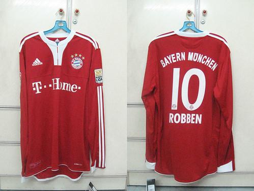 Bayern Munich 2009-2010 Home L/S (ROBBEN)