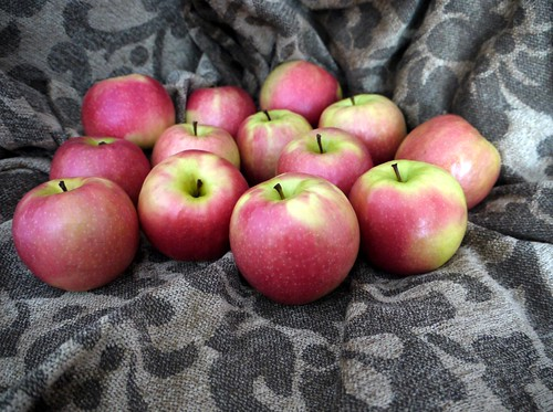 Same Apples