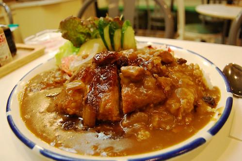 Utsunomiya_curryshopFuji_katsuc.jpg