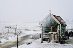 Wintery Marken (KennethVerburg.nl) Tags: winter lighthouse holland ice dutch nederland thenetherlands vuurtoren marken ijsselmeer noordholland 2010 ijs paardvanmarken