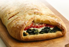 Mediterranean Brunch Braid (Pillsbury.com) Tags: food cheese breakfast recipe washington italian mediterranean contest wrap pizza brunch basil wa onion ricotta oliveoil spinach fishers puyallup feta pillsbury pinenuts braid crisco greengiant finalist bakeoff romatomatoes breakfastsandbrunches adriennecaufield mediterraneanbrunchbraid
