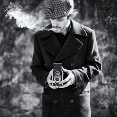 Week 10/52 - Moments (Tiag Ribeiro) Tags: portrait bw man vintage smoke coat braga penso ferrania project52