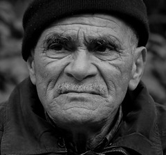 Old Man (The Ross Project) Tags: old bw man face portraits shieldofexcellence blackwhiteaward theunforgettablepictures theunforgettablepicture oldmansface theperfectphotographer rubyphotographer memorycornerportraits