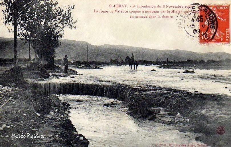 route de Valence coupée par la crue du 8 novembre 1907 à Saint Péray
