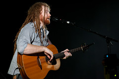 "Newton Faulkner @ Hammersmith Apollo - London • <a style=""font-size:0.8em;"" href=""http://www.flickr.com/photos/32335787@N08/4442830584/"" target=""_blank"">View on Flickr</a>"